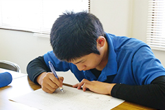資格試験(写真)