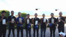 2年連続合格者輩出へ!JRA競馬学校騎手課程1次試験の受験票を配布